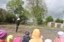 Bērni ciemojās pie ugunsdzēsējiem_34