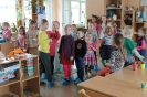 Bērnudārzā viesojās ciemiņi