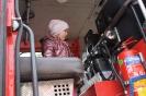 Bērnudārza bērni ciemojās pie ugunsdzēsējiem_16
