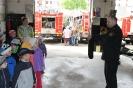 Bērnudārza bērni ciemojās pie ugunsdzēsējiem_3