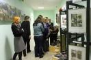 Fotoizstādes un keramikas izstādes atklāšana Ozolaines pagasta foaijē