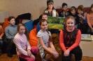 Tiek dāvinātas gleznas Rēzeknes novada Ozolaines pagasta jauniešu  centram